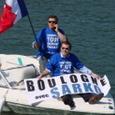 """Avec Mathieu Barbot sur un """"Sarko-boat"""" improvisé."""